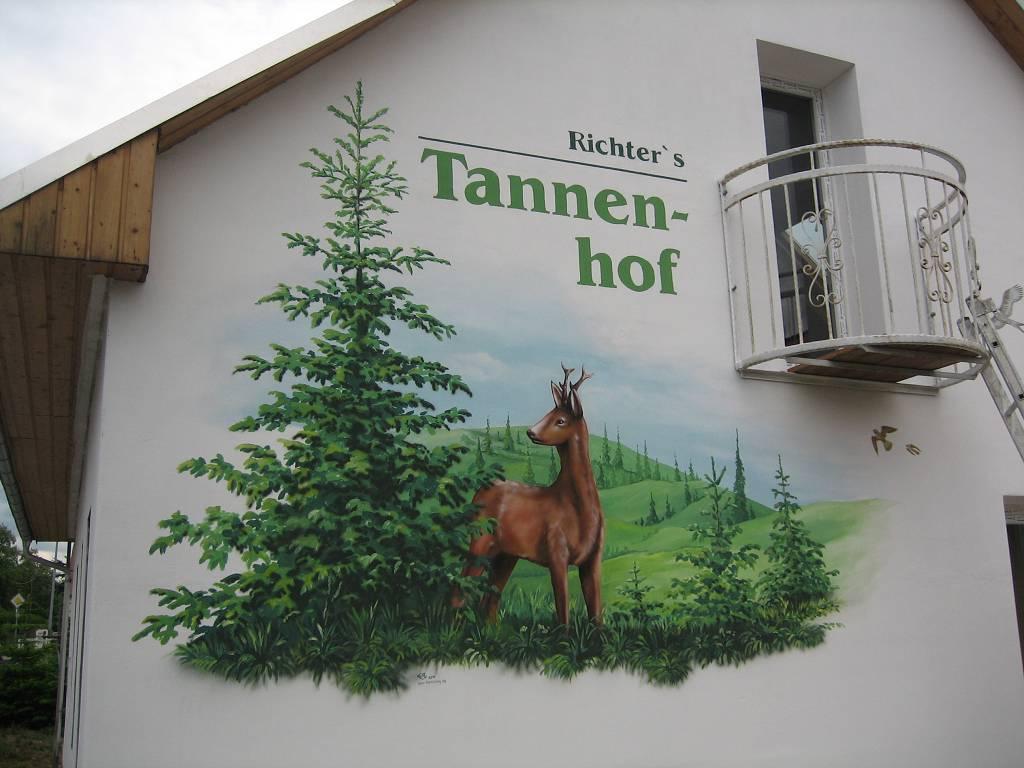 Fassadengestaltung Mit Graffiti Fassadenmalerei 4 0